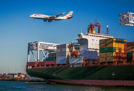 How Shipping Management Software Helps Freight Forwarders