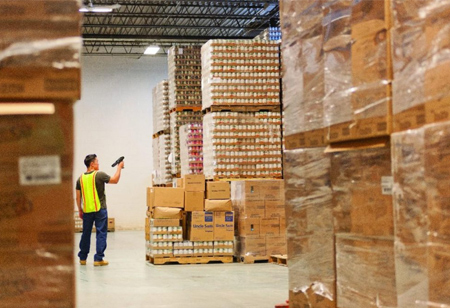 How Technology Eases Warehouse Management